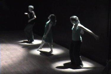 As Cerejas - Dir.: Danilo Roxette / Atuação: Bárbara Carbogim, Camila Duarte, Júlia Lotufo, Júlia Veras, Mirela Ferraz e Ricelli Piva - Ouro Preto/MG, 2009.